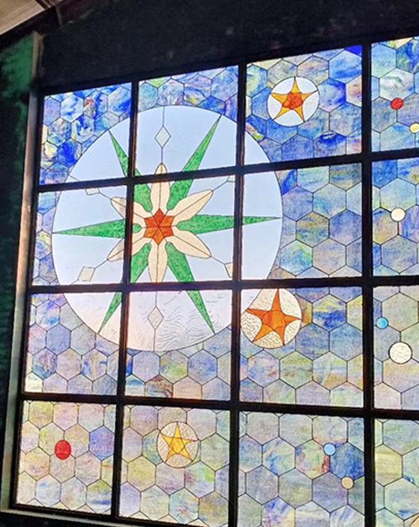 彩色玻璃穹顶价格