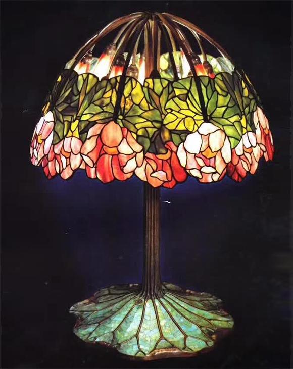 彩色玻璃穹顶厂家