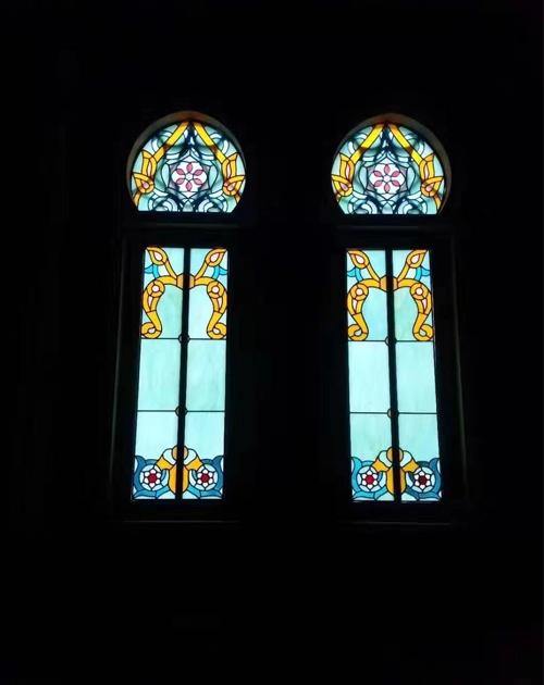 室内彩色玻璃