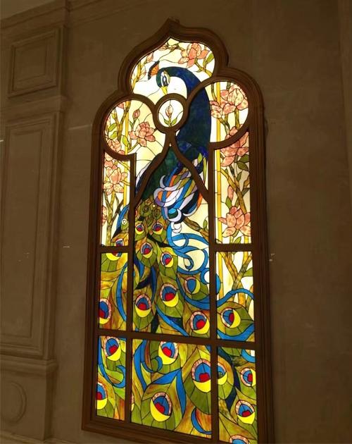 孔雀彩色玻璃