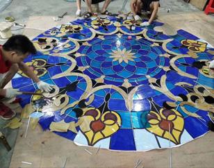 彩色玻璃穹顶设计