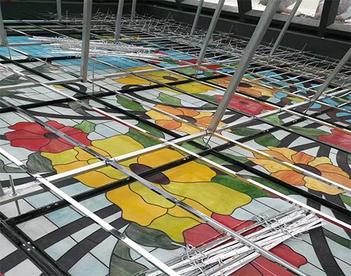 彩色玻璃室内地板