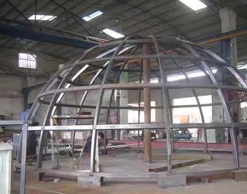 彩色玻璃穹顶制作